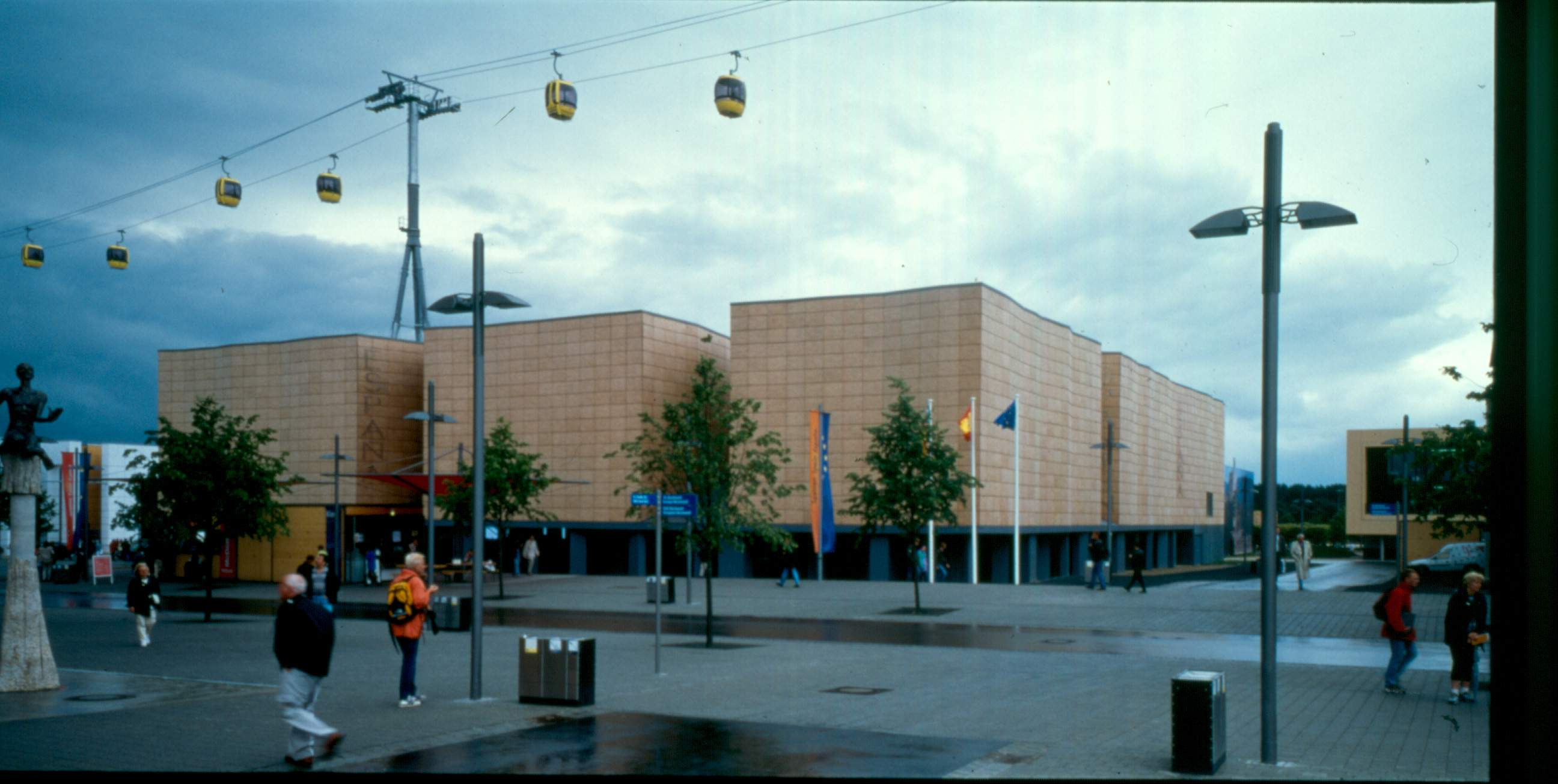 2-hannover-exterior01